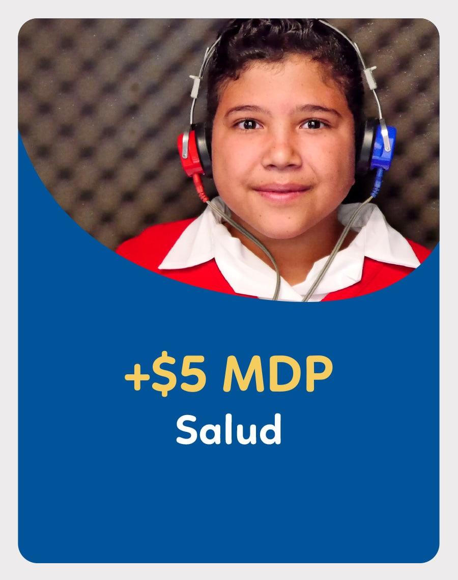 Niño con audífonos